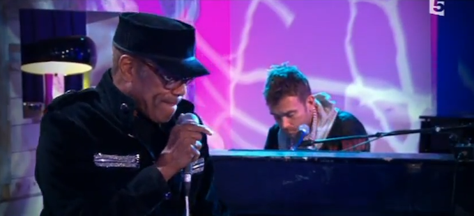 Bobby Womack & Damon Albarn – Stupid [LIVE.]