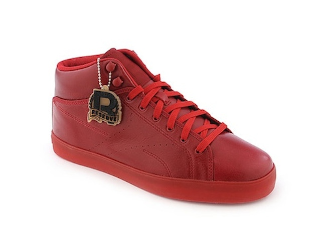 """Rapper Tyga releases his exclusive signature shoe for Reebok entitled the """"T -Raww."""" The kicks which come in three different colorways (viewed below) ... a76a099af393"""