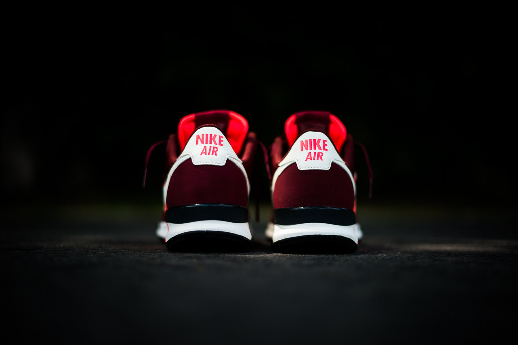 Nike_Air_Pegasus_83-30_30th_Yea_Annniversary_-_Team_Red_Sneaker_Politics3_1024x1024